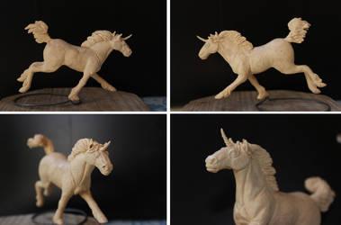 Sculpey fae horse 1 by ravenoo