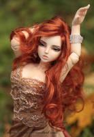 Autumn dance by EllaniGreen