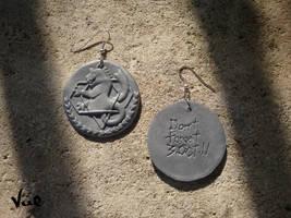 Fullmetal alchemist - Silver clock earrings by Valkyrie-21