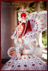 Trinity Blood: Queenly Esther by Astarohime