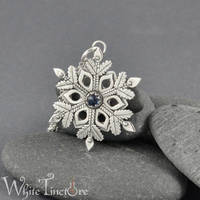 Snowflake II by WhiteTincture