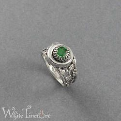 Emerald moon ring by WhiteTincture