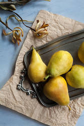 etude with pears by zadveri