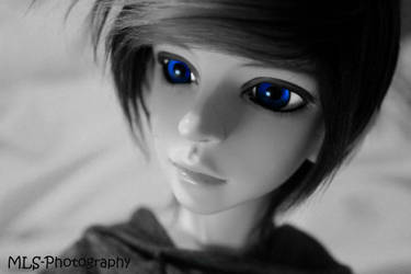 Blue eyed boy by MLS-photography