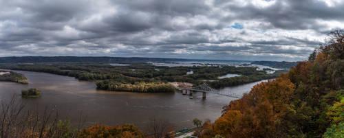 Lansing Iowa Bridge Over the Mississippi River by mitsubishiman