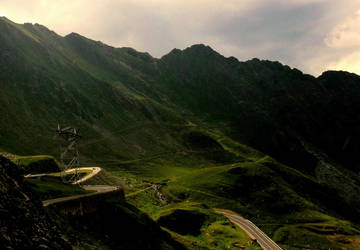 Transfagarasan road by lumixdmc850