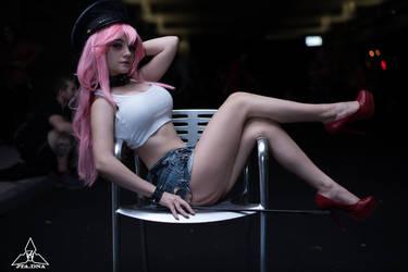 Poison 8 Take a Seat ~ by MisaLynnCLP