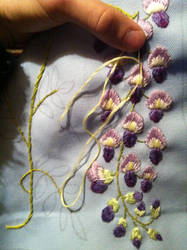 I just making wisteria design embroidery(sample) by m-masadonna