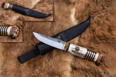 Scandi knife by ChainlessMind