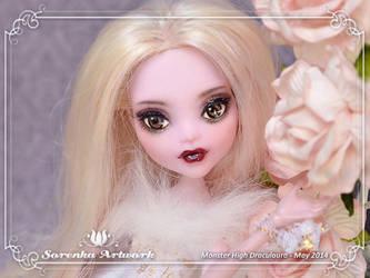 05.2014 MH Draculaura 01 by SorenkaArtwork