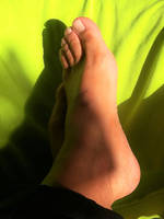 feet and green background 5 by Netsrot1971