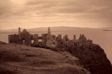 Dunluce Castle by Nefarious069