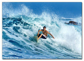 Surf's up by RoieG