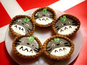 Totoro Tarts by xHoshaxBerizx