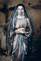 Madonna by idaniphotography