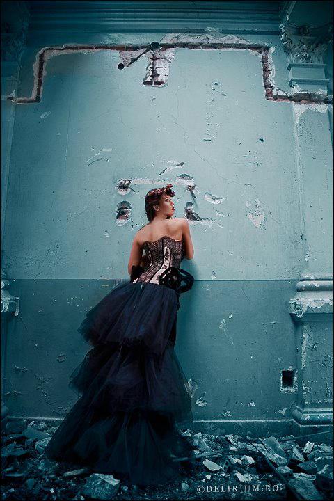 Une histoire des murs bleus II by LeJournalDAmelie