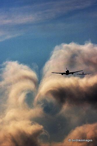Wake turbulence by gregbajor