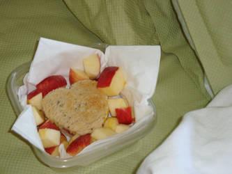Breakfast with hearts bento by AtticusBlackwolf