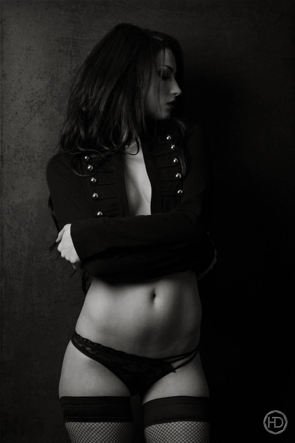 BLACK UNIFORM by HDphotographie