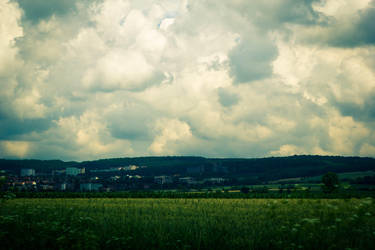 Fluffy clouds by SmartDen