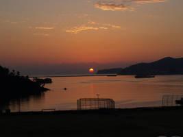 Sunrise in Okpo by towel401