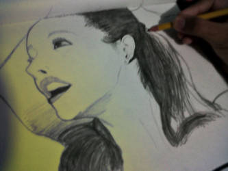 Ariana Grande (Incompleto) by CoreasDesing