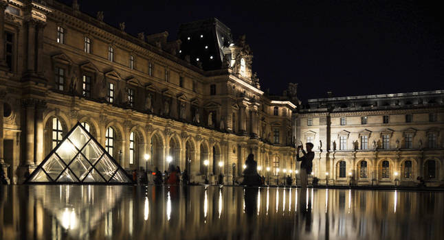 Louvre by SnowPinappleYeah