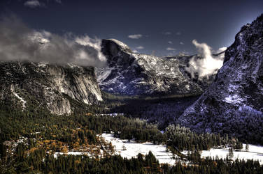 Yosemite Lookout by Justin-Taylor