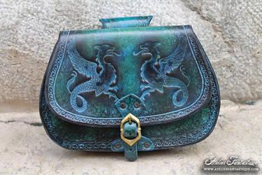 Chimaera bag - peacock color by AtelierFantastique