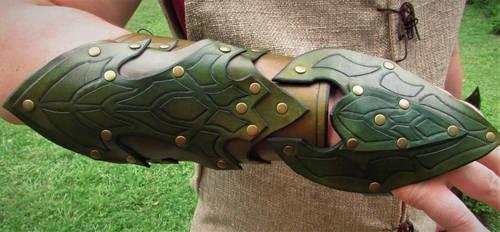 Elven Scout Bracers by BlueOakRogue