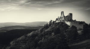 Cachtice Castle BW by MoonKey19