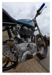Royal Enfield - 007 by laurentroy