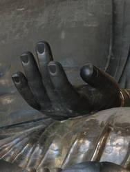 Hand of Buddha in Todai-ji (Nara) by Alicelis88