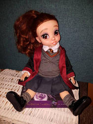 Hermione Granger  by Pinkie-Perfect