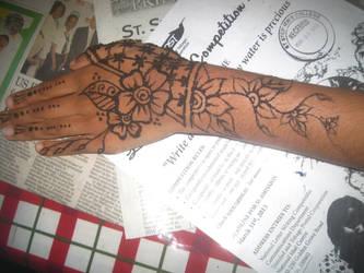 henna 25 by idaana