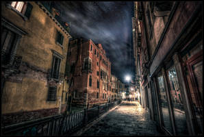 Dance of shadows by zardo