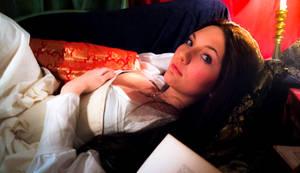 Anne Boleyn - Seduce me with your words by Santatory