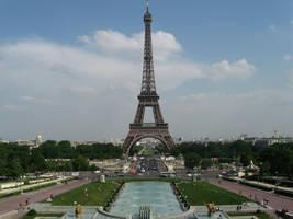 Eiffel tower by NaturalBornCamper