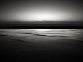 Thin line by pedroinacio