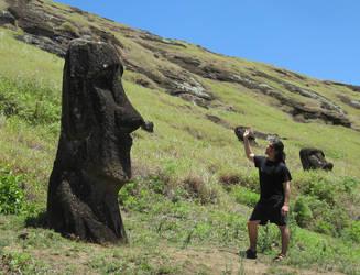 Waveando al Moai by Aranglinn