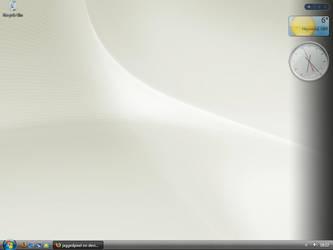 Desktop by jaggedpixel