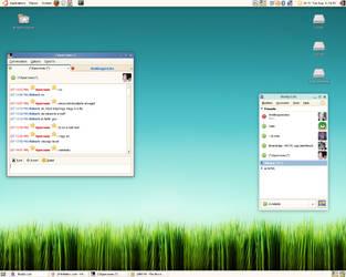 August Desktop by reverse84
