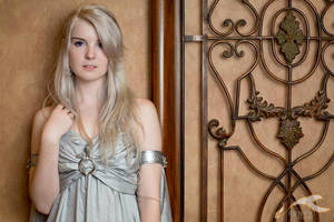 MetroCon 2012 - Game of Thrones | Daenerys by elysiagriffin
