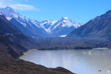 Tasman Glacier and Lake by MrsSpock