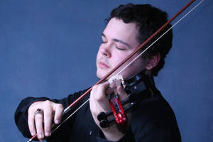 Violinist by mcb011789