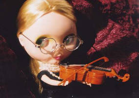 violin2 by dope-sic-grrrl