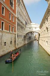 Lone Gondola at Bridge of Sighs by nicoleshen
