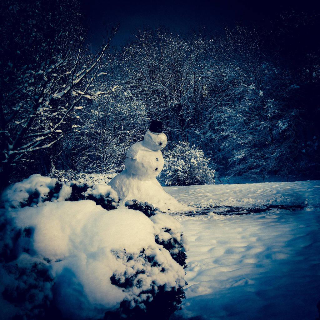 Evil snowman by Pattarchus