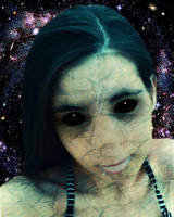 Alien Girl by SandyCris91