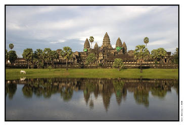 Angkor Wat by iswoolley